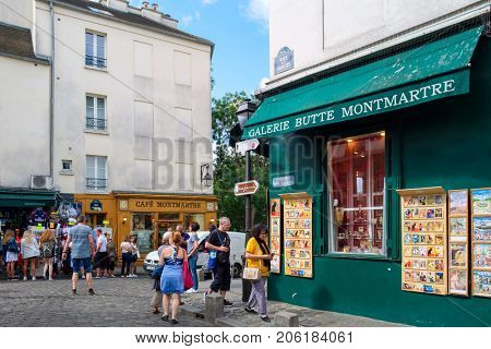 PARIS,FRANCE - AUGUST 4, 2017 : Typical cafes and art galleries in Montmartre