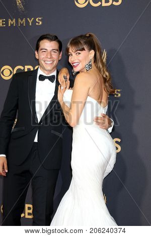 LOS ANGELES - SEP 17:  Manolo Vergara, Sofia Vergara at the 69th Primetime Emmy Awards - Arrivals at the Microsoft Theater on September 17, 2017 in Los Angeles, CA