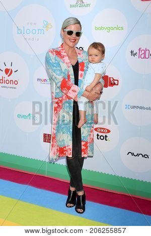 LOS ANGELES - SEP 23:  Kathleen Robertson, guest at the 6th Annual Red CARpet Safety Awareness Event at the Sony Pictures Studio on September 23, 2017 in Culver City, CA