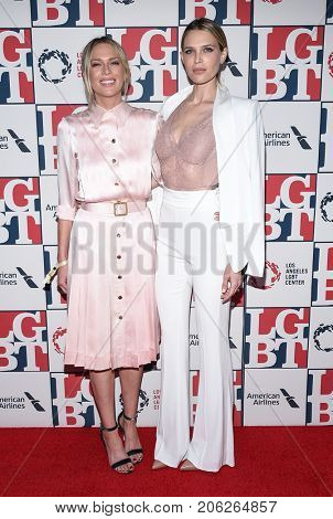 LOS ANGELES - SEP 24:  Erin Foster and Sara Foster arrives for the LGBT Center's Vanguard Awards 2017 on September 24, 2017 in Beverly Hills, CA