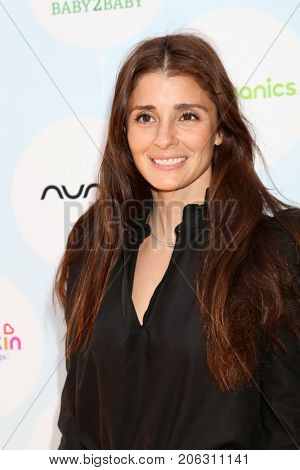 LOS ANGELES - SEP 23:  Shiri Appleby at the 6th Annual Red CARpet Safety Awareness Event at the Sony Pictures Studio on September 23, 2017 in Culver City, CA