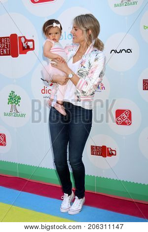 LOS ANGELES - SEP 23:  Molly Manno, Ali Fedotowsky at the 6th Annual Red CARpet Safety Awareness Event at the Sony Pictures Studio on September 23, 2017 in Culver City, CA