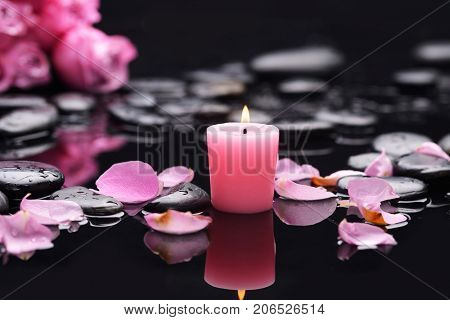 Lying down bouquet, rose with candle and therapy stones
