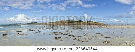 Island of Siec, Cote d Armor, Finistere department of Brittany. Panorama at low tide.