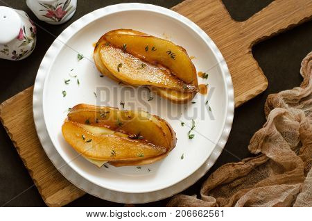 Bruschetta With Mozzarella And Caramelized Pear With Thyme