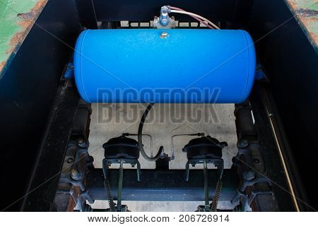 Truck air brake tank air tanks for heavy duty trucks and trailers