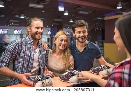 Choosing Bowling Shoes