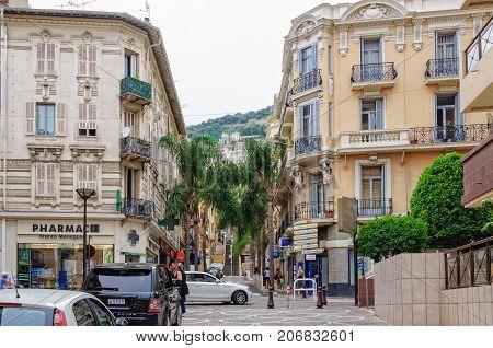Boulevard de la République in Beausoleil at the border between France and Monaco - 8 July 2013
