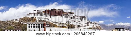 Panoramic view of famous Potala palace. World Heritage site, former Dalai Lama residence in Lhasa - Tibet