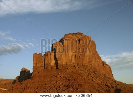 Sunrise Colors In Monument Valley