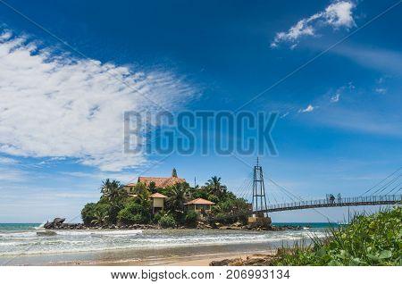 Parevi Dupatha Temple - Buddhist temple on Pigeon Island in front of the Matara city in Sri Lanka