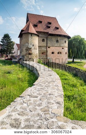 Bardejov, Slovakia - August 10, 2015: Fat Tower In Bardejov Is Part Of Best Preserved City Wall Comp