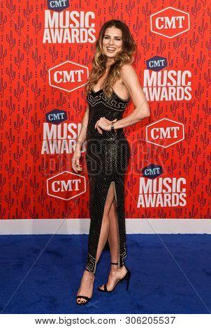 NASHVILLE - JUN 5: Twinnie-Lee Moore attends the 2019 CMT Music Awards at Bridgestone Arena on June 5, 2019 in Nashville, Tennessee.