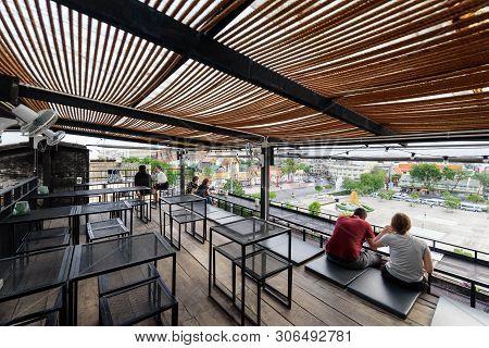 Bangkok , Thailand - 14 June, 2019 : High View Of Roof Bar Of Swing Bar And Restaurant At Sao Ching