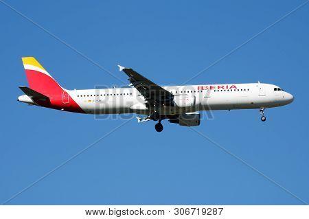 Iberia Airlines Airbus A321 Ec-ijn Passenger Plane Landing At Madrid Barajas Airport