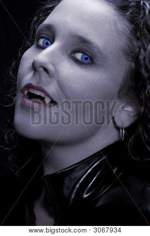 Sexy Vampiress