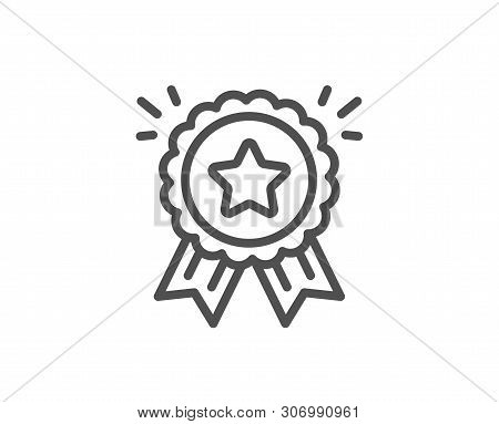 Loyalty Award Line Icon. Bonus Points. Discount Program Symbol. Quality Design Element. Linear Style