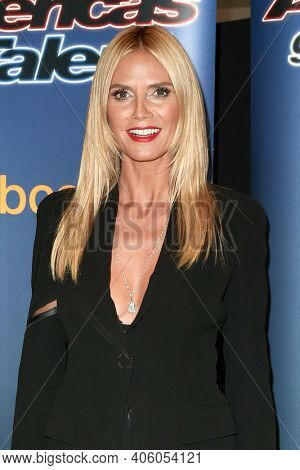 NEW YORK-SEP 2: Model Heidi Klum attends the America's Got Talent Season 10 Live Barbeque and Viewing Party on September 2, 2015 in New York City.