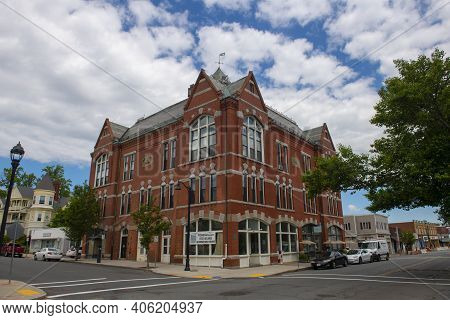 Beverly, Ma, Usa - Jun. 12, 2020: Historic Odd Fellows' Hall On Cabot Street At Broadway In Historic