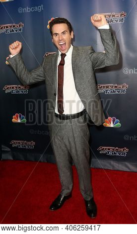 NEW YORK-SEP 16: Magician Oz Pearlman attends the America's Got Talent Season 10 Finale taping at Radio City Music Hall on on September 16, 2015 in New York City.