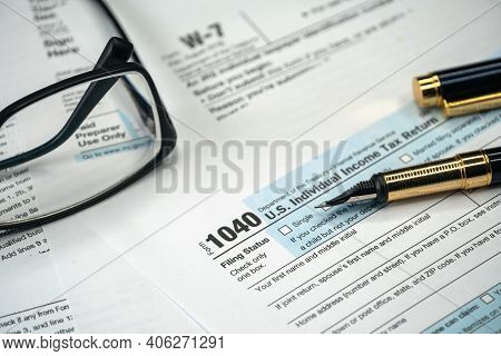 Filling Us Tax Form. Tax Form Usa Business Income Office Concept. Tax Return Form 1040