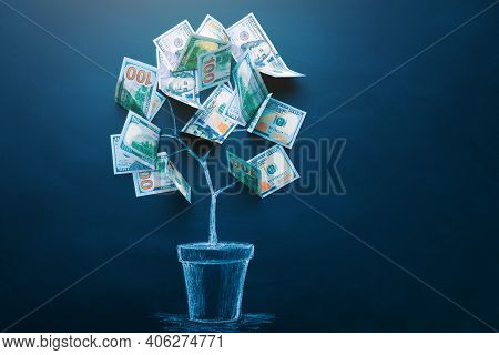 Money Tree Made By Us Dollar Bills. Business, Saving, Growth, Economic Concept. Investors Strategy,
