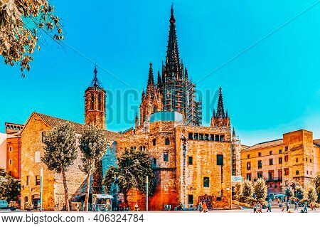 Barcelona, Spain - August  28, 2008: Beautiful Historical Landscape Of The  Barcelona, Catalonia.the