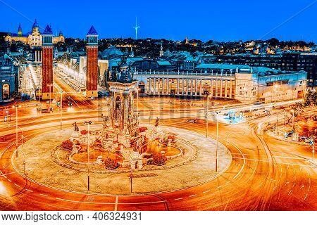 Panorama Towers Venetian And Square Of Spain (placa De Espanya),