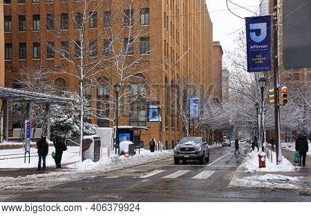 Philadelphia, Pennsylvania, U.s.a - February 2, 2021 -the Traffic On The Slippery Road By Jefferson