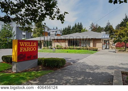 Kirkland Bank Branch. Wells Fargo Is A Global Banking Network Based In California. Us. August 2019.