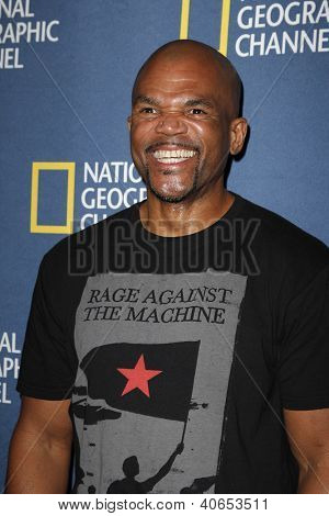 PASADENA - JAN 3: Darryl McDaniels, DMC of the show 'The 80s' at the National Geographic Channels TCA party on January 3, 2013 at the Langham Hotel in Pasadena, California