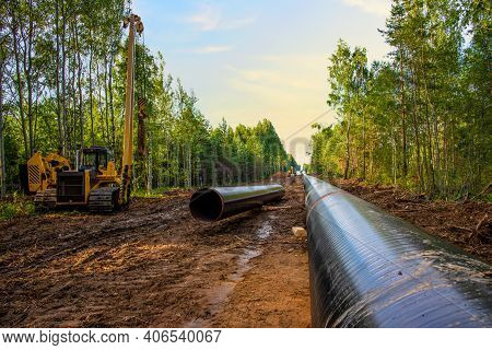 Construction Gas Pipeline Project. Natural Gas And Crude Oil Transmission In Pipe To Lng Plant Shipp