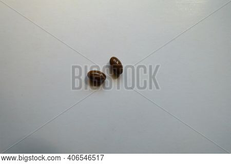 Brown Softgel Capsules Of Vitamin D3 (two Items)