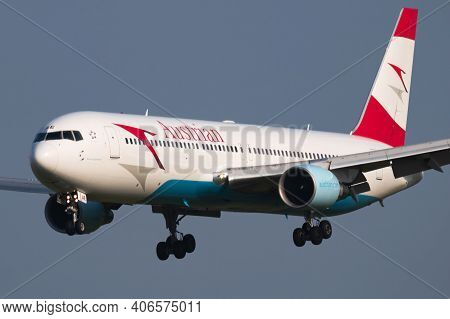 Vienna, Austria - May 13, 2018: Austrian Airlines Boeing 767-300 Oe-lae Passenger Plane Arrival And