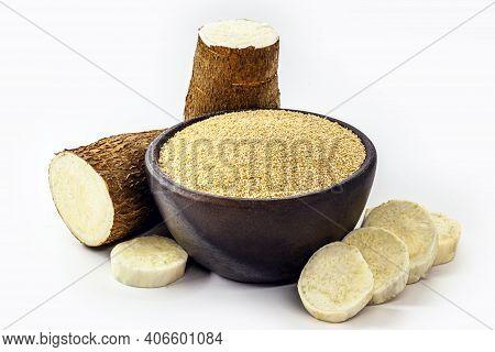 Cassava Flour In Handmade Pot, Natural Organic Flour From Brazil