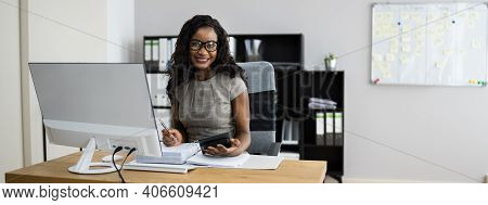 African American Accounting Advisor Woman Doing Taxes