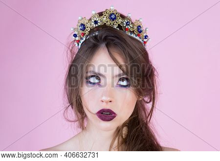 Funny Crazy Woman Face. Emotional Queen With Crazy Face And Fashionable Makeup In Crown. Surprised Q