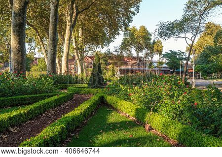 Istanbul, Turkey - September 13, 2017: This Is The Gulhane Park In The Historic Center Of The City.