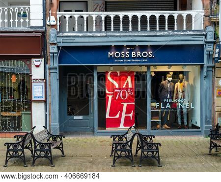 Chester; Uk: Jan 29, 2021: The Moss Bros Store On Eastgate Street Is Having A Sale With Reductions O