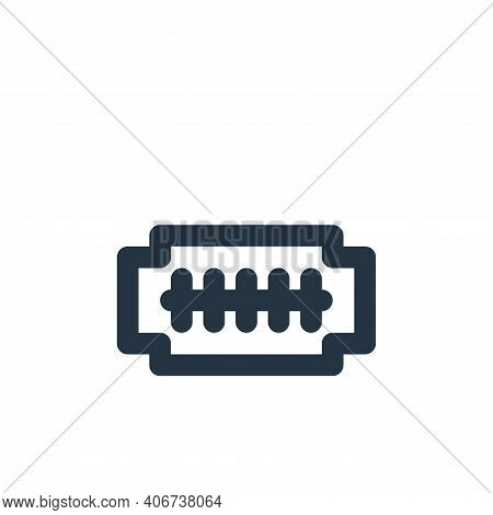 razor blade icon isolated on white background from bathroom collection. razor blade icon thin line o
