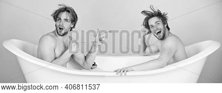 Man With Muscular Body And Bare Chest In Bathtub. Relax And Hygiene, Healthcare. Spa And Beauty