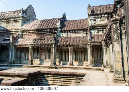The External  Atchitecture Of  Angkor Wat ,which Is Made Of Stone ,by  Carved In Elaborate  Decorati