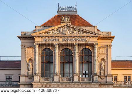 Zagreb, Croatia - Aug 10, 2020: Neoclassical Facade Of Glavni Kolodvor Railway Station During Sunset