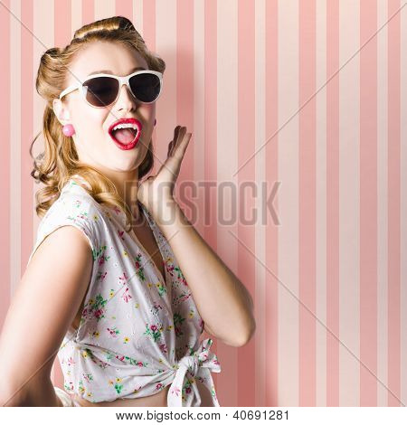 Surprised Girl In Retro Fashion Style Glamur
