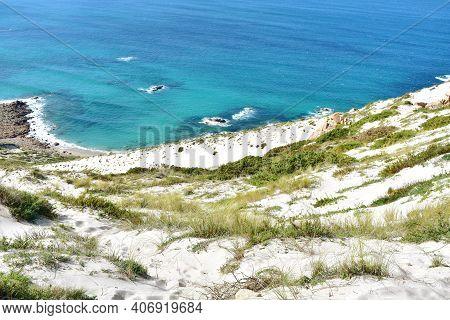 Giant Sand Dune On A Cliff. Duna Rampante De Monte Branco Or Rampant Dune Of Monte Blanco (white Mou