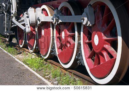 Red Wheel Tank Engine