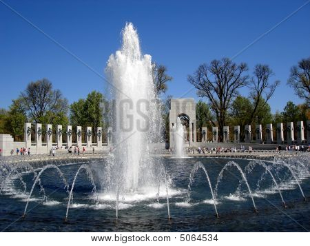 National WWII Memorial Fountain