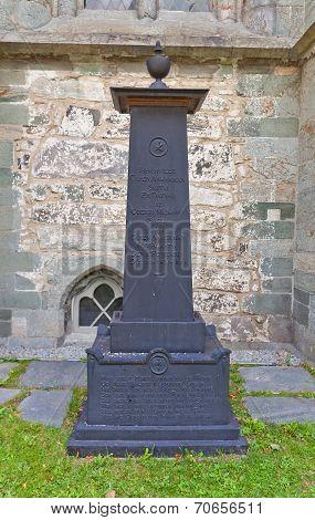 Caren Ankerman Smith Tomb