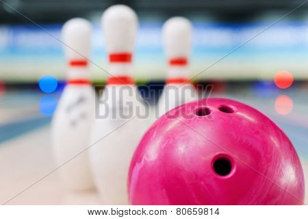 Bowling In Details.