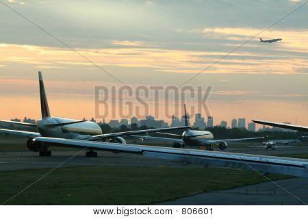airplane departure traffic
